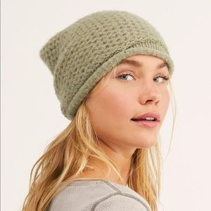 NWT Free People Dreamland Knit Beanie Olive